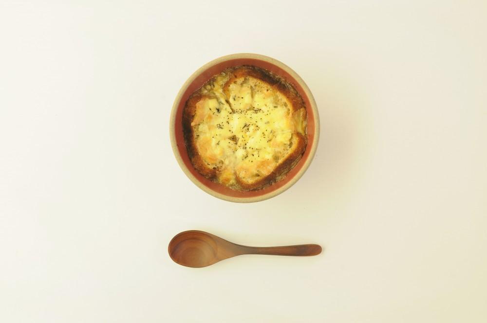 ブルーチーズを使ったオニオングラタンスープ