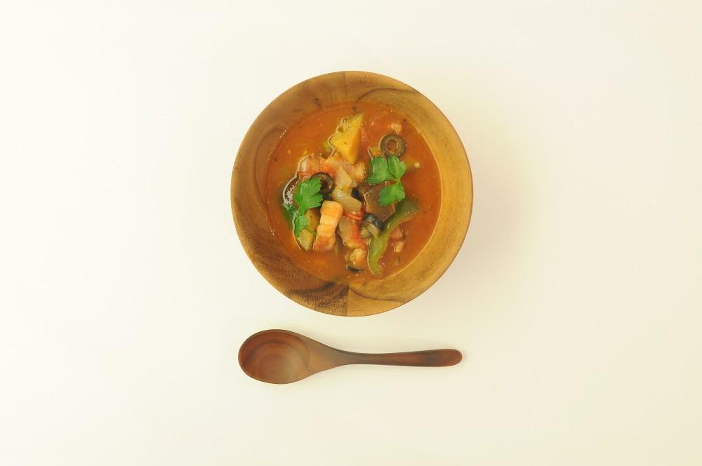 プッタネスカ仕立ての食べるスープ