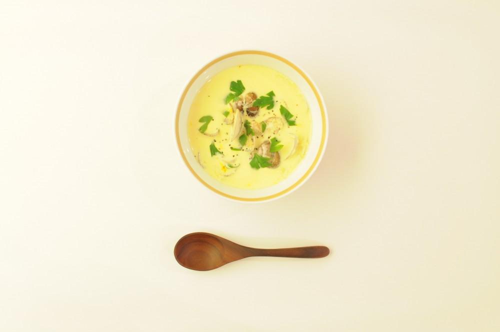 あさりのクリームスープ サフラン風味