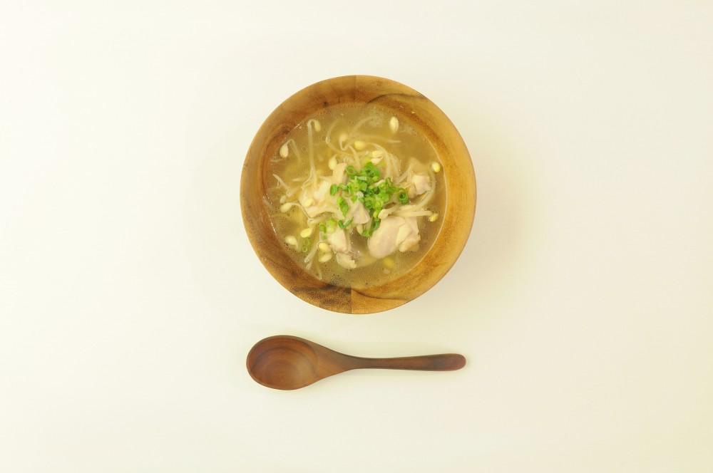 鶏肉と豆もやしの和風しょうがスープ