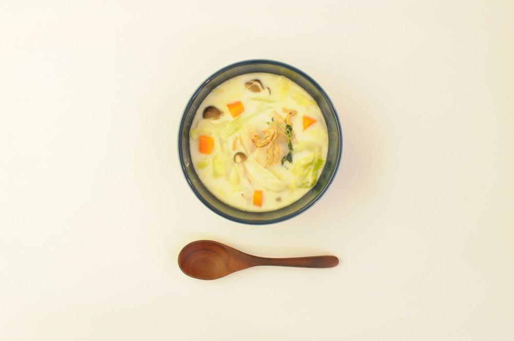 帆立とざく切りキャベツのチャウダースープ