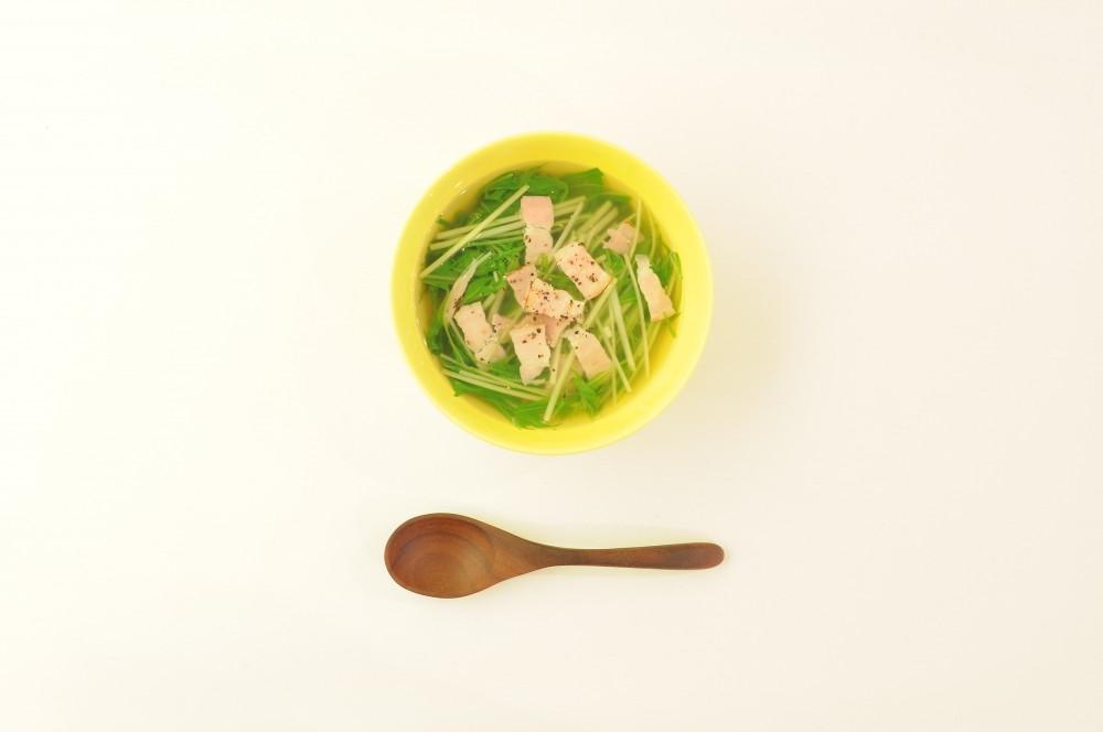 水菜とベーコンのコンソメスープ