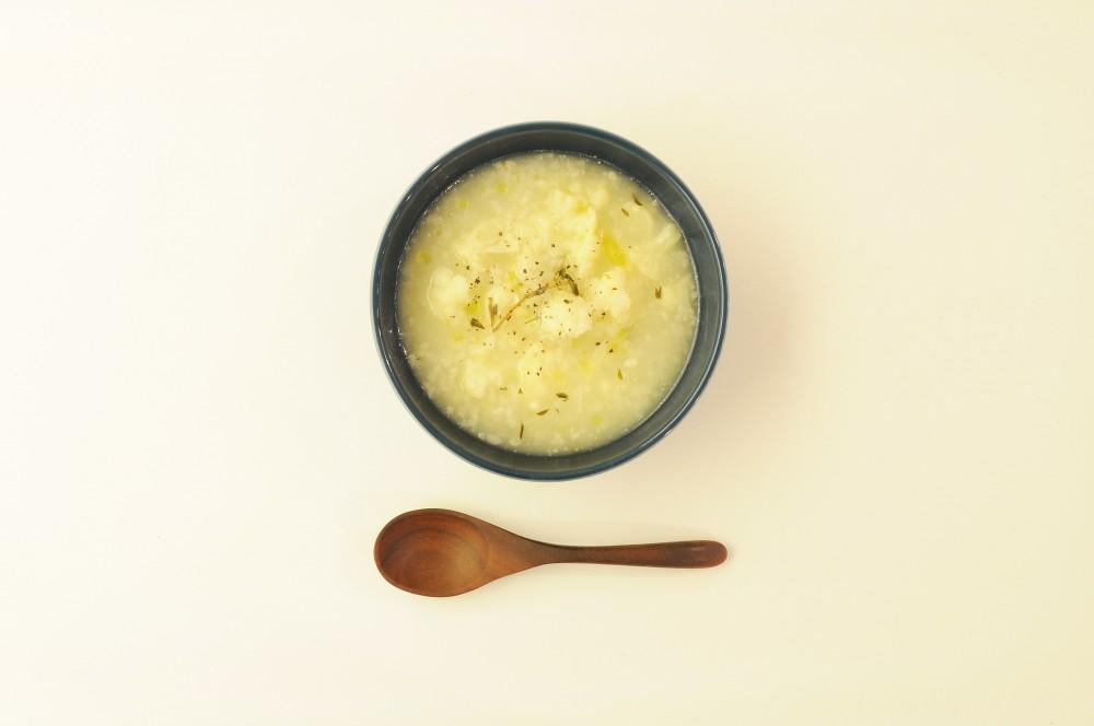 カリフラワーともち米のリゾットスープ