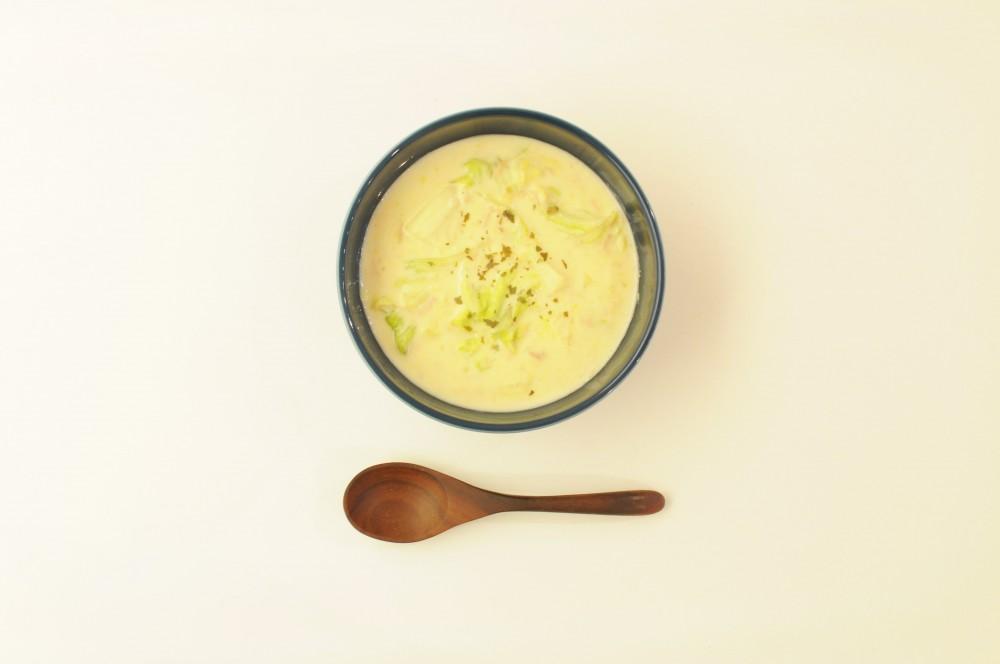 キャベツとツナのコーンクリームスープ