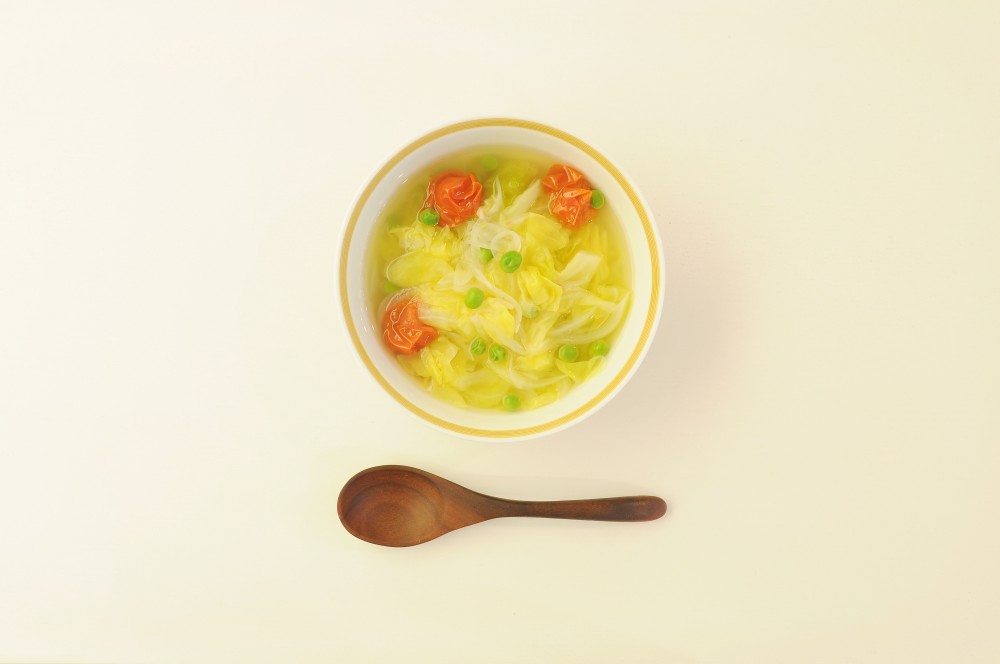 春キャベツとミニトマトのスープ