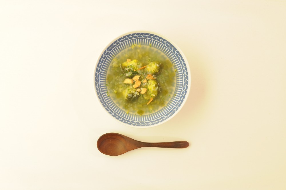 緑野菜のグリーンスープ