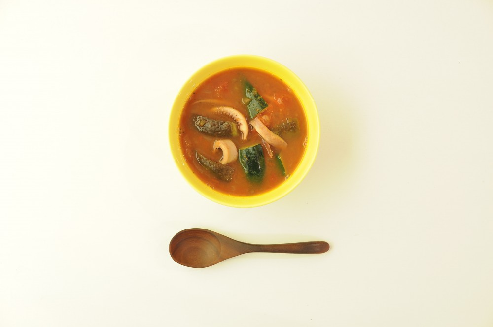 槍烏賊と茄子のトマトスープ