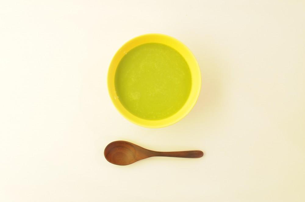 グリンピースと新玉ねぎのスープ
