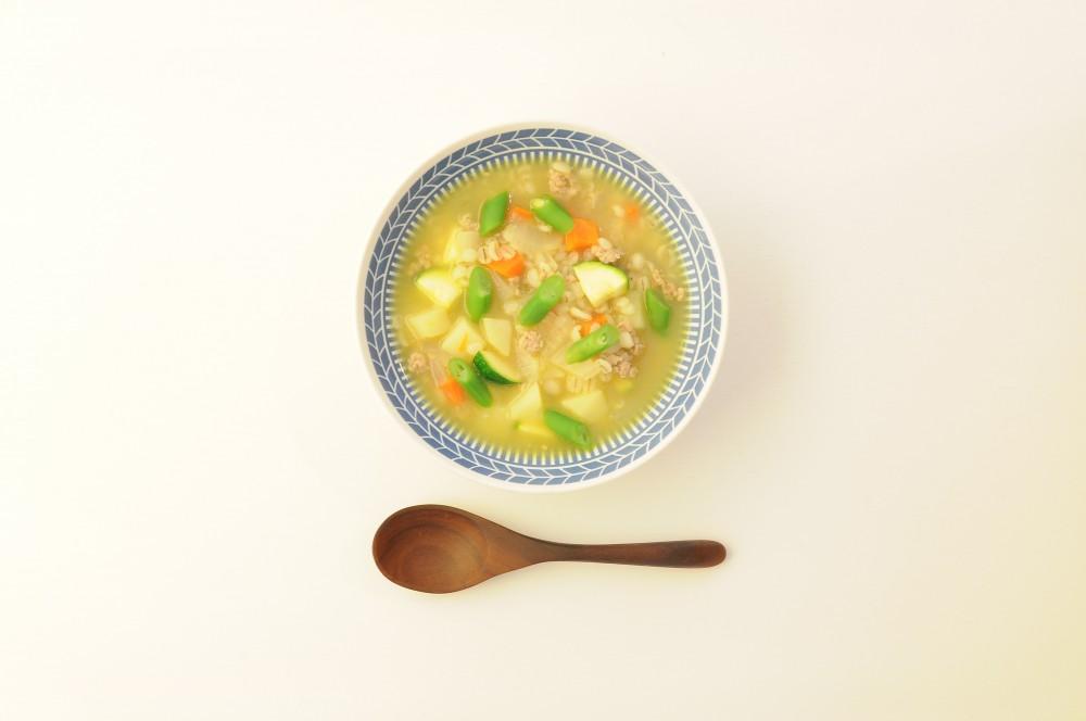 ひき肉と押し麦の野菜スープ