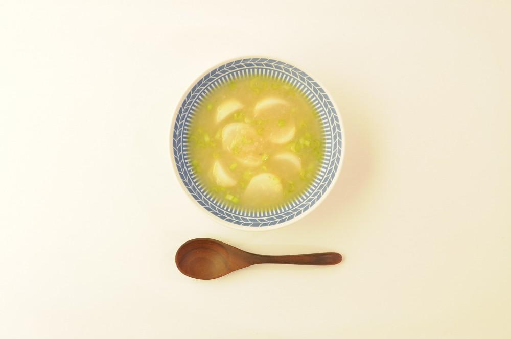 とろとろ蕪のアンチョビレモンスープ