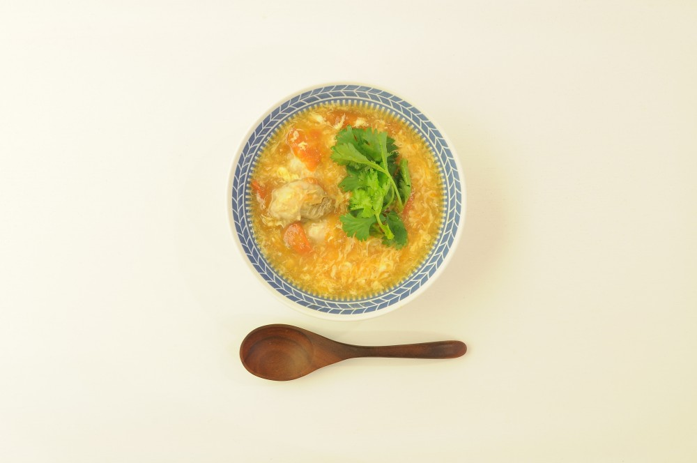 牡蠣とトマトの卵スープ