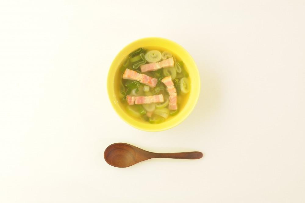 厚切りベーコンと葱のスープ