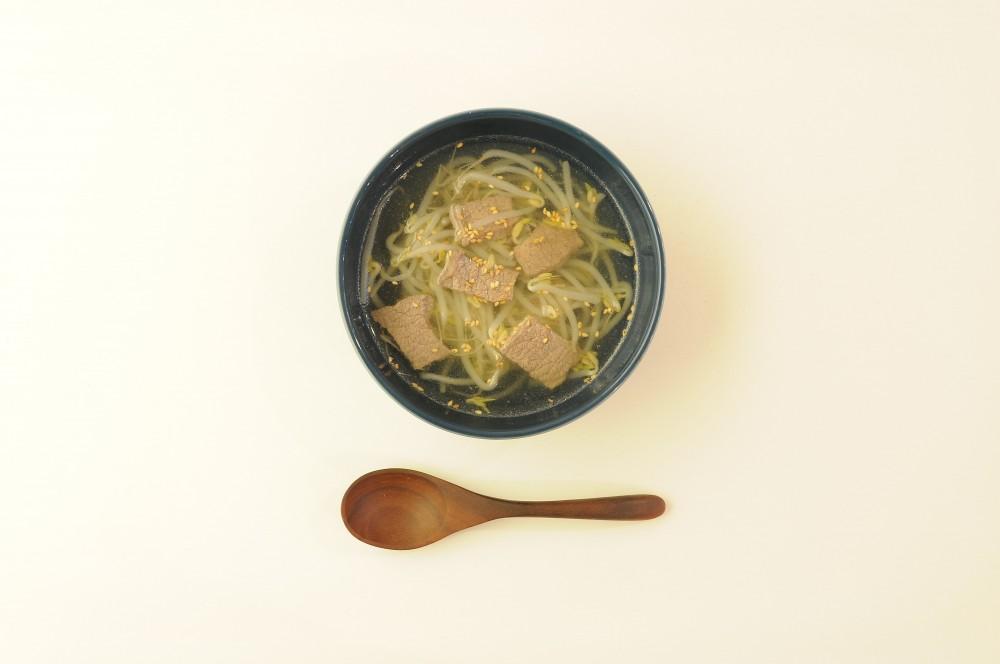 牛肉ともやしのスープ
