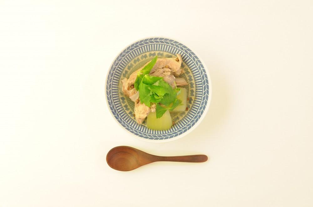 冬瓜排骨湯(冬瓜とスペアリブのスープ)