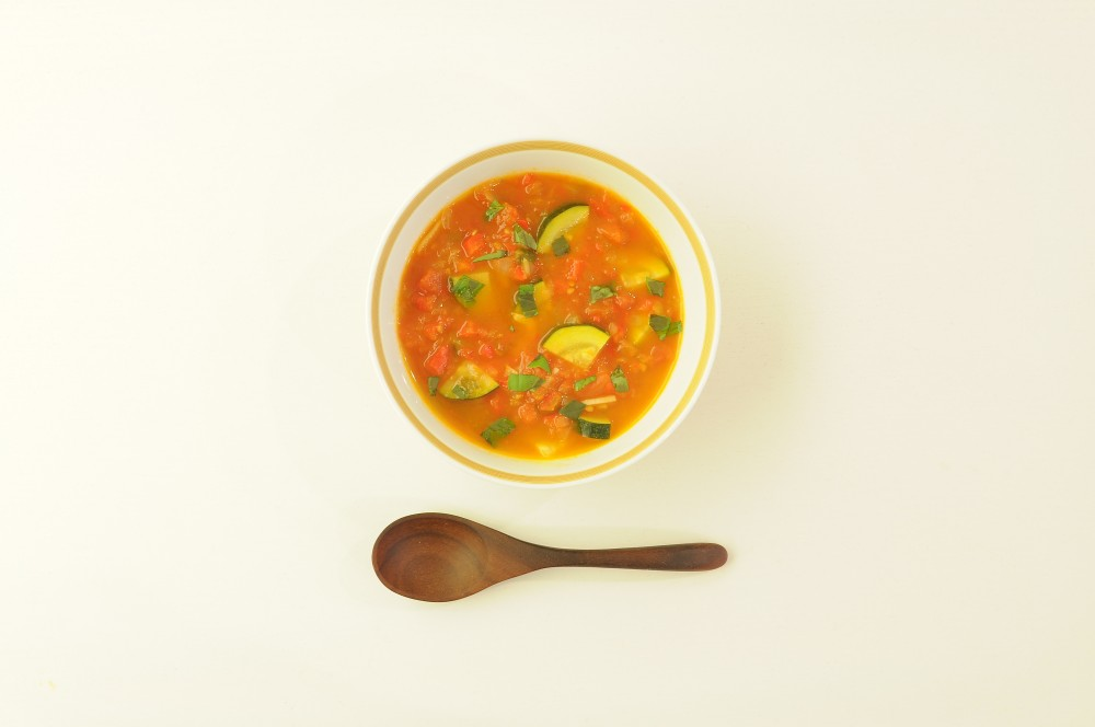 地中海仕立ての野菜スープ