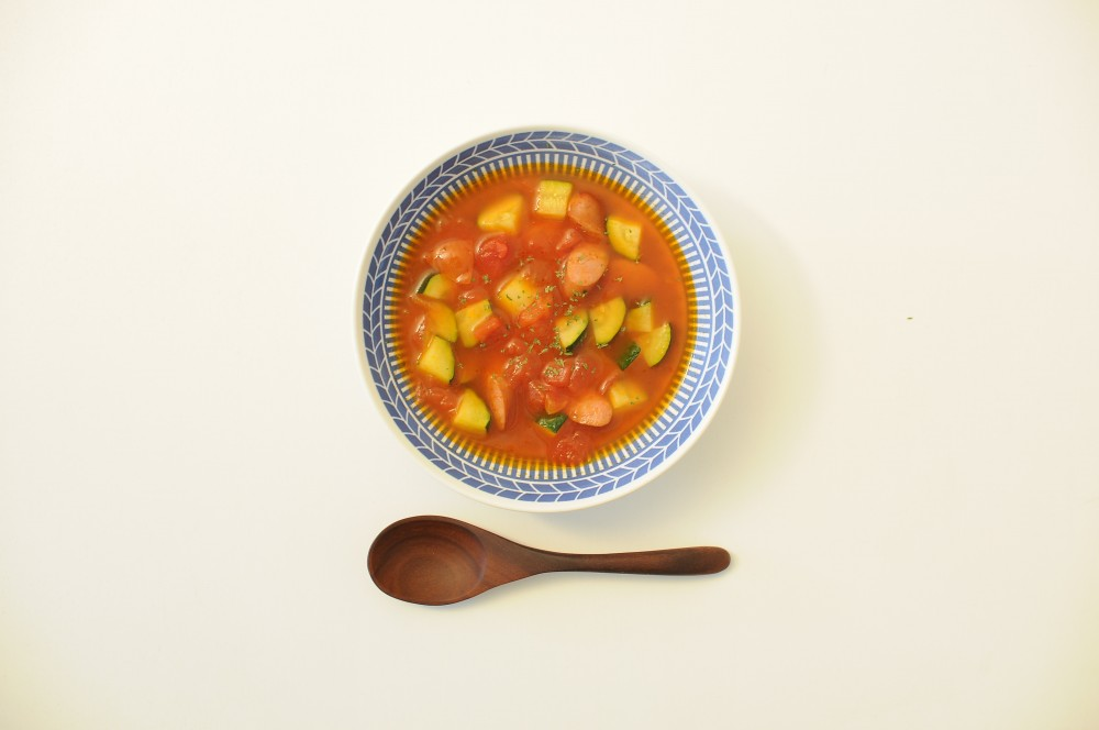 チョリソーとズッキーニのトマトスープ