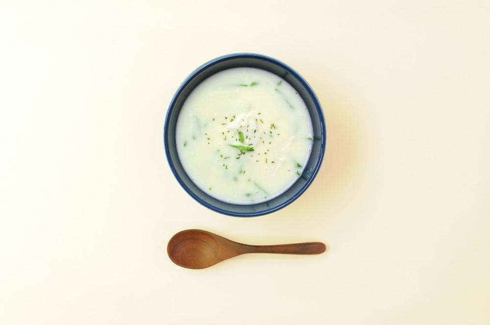 タラと絹さやのスープ