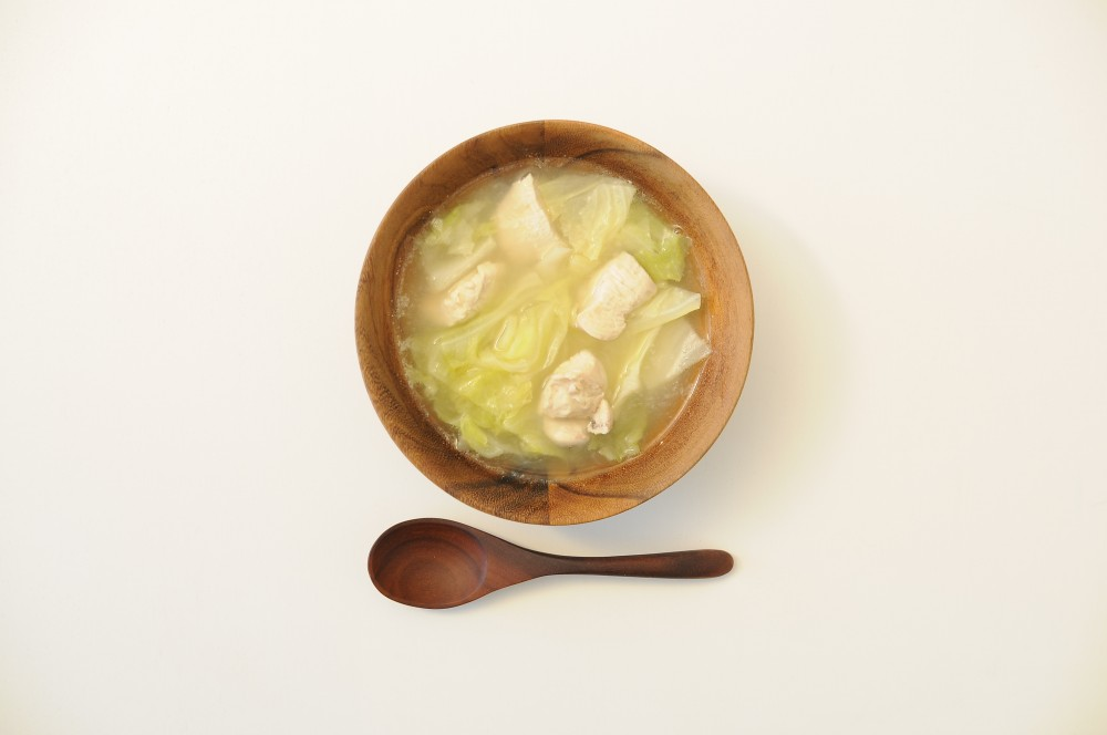鶏肉とキャベツのジンジャースープ