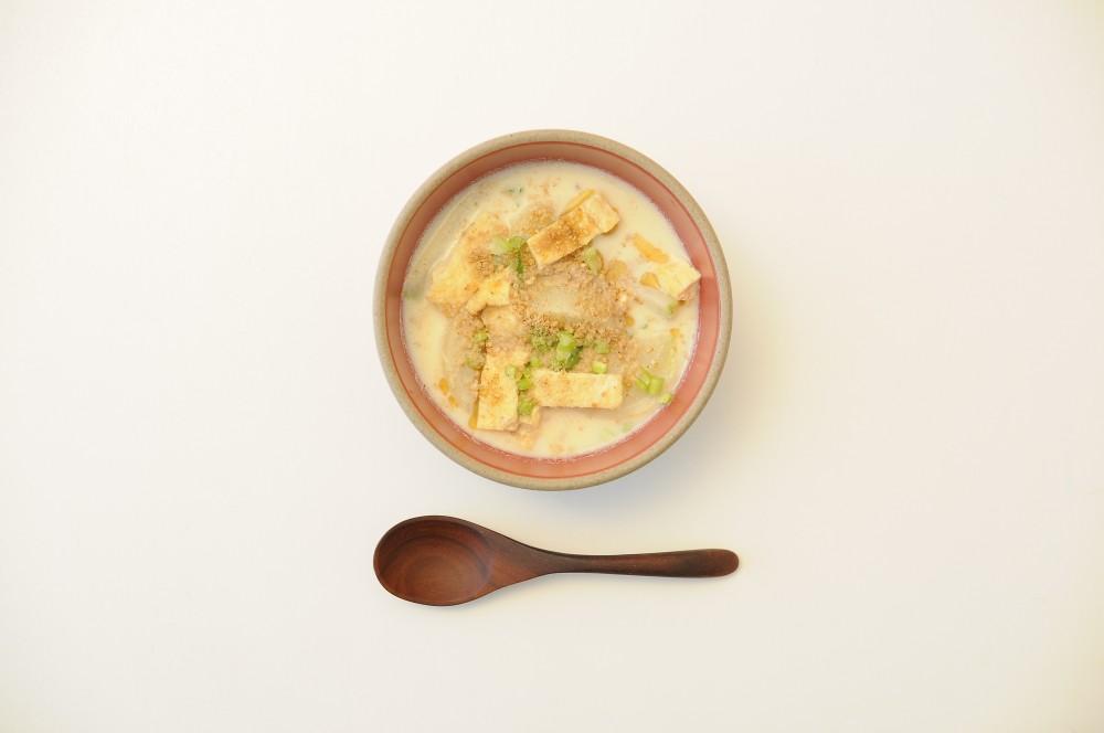 かぶの豆乳ごまスープ