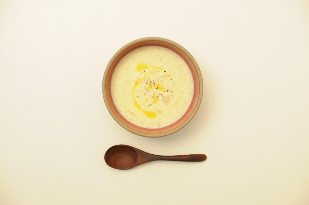 カリフラワーとじゃが芋のスープ