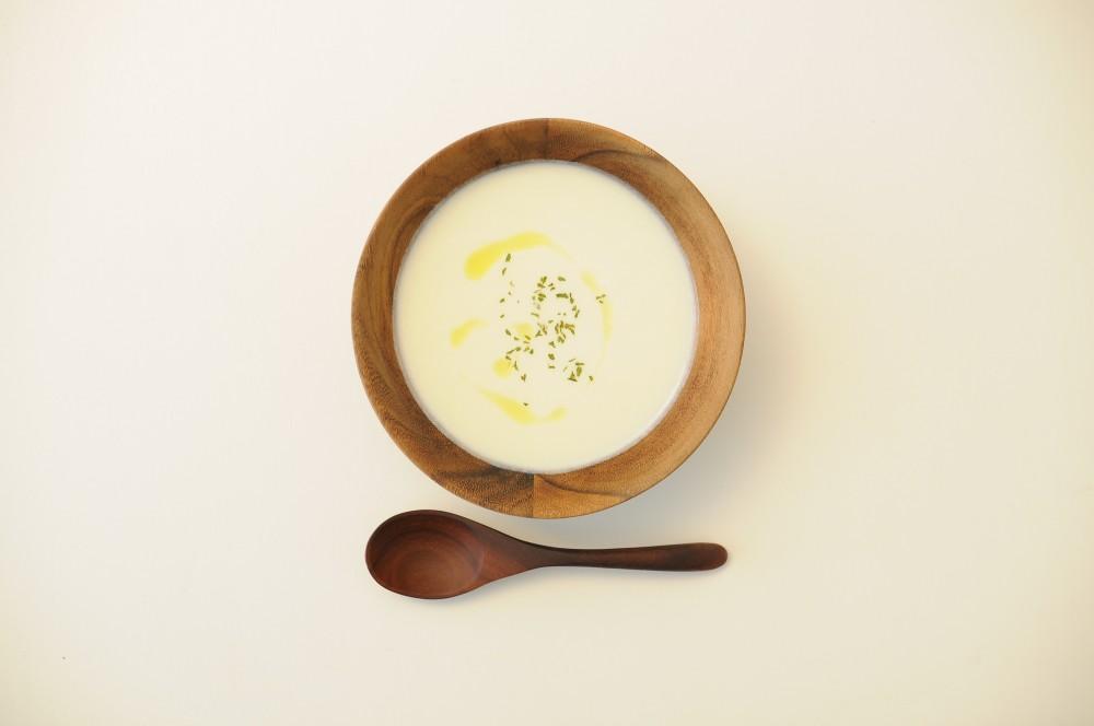 カリフラワーとかぶのクリーミースープ